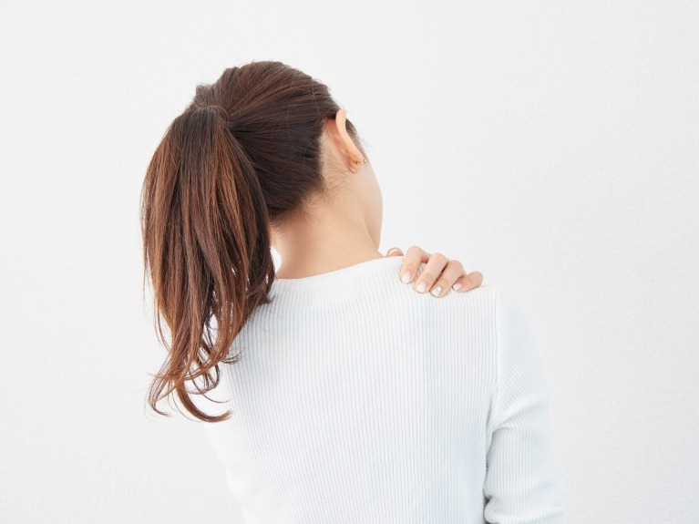 肩こり、首の痛みを放置しておくリスク